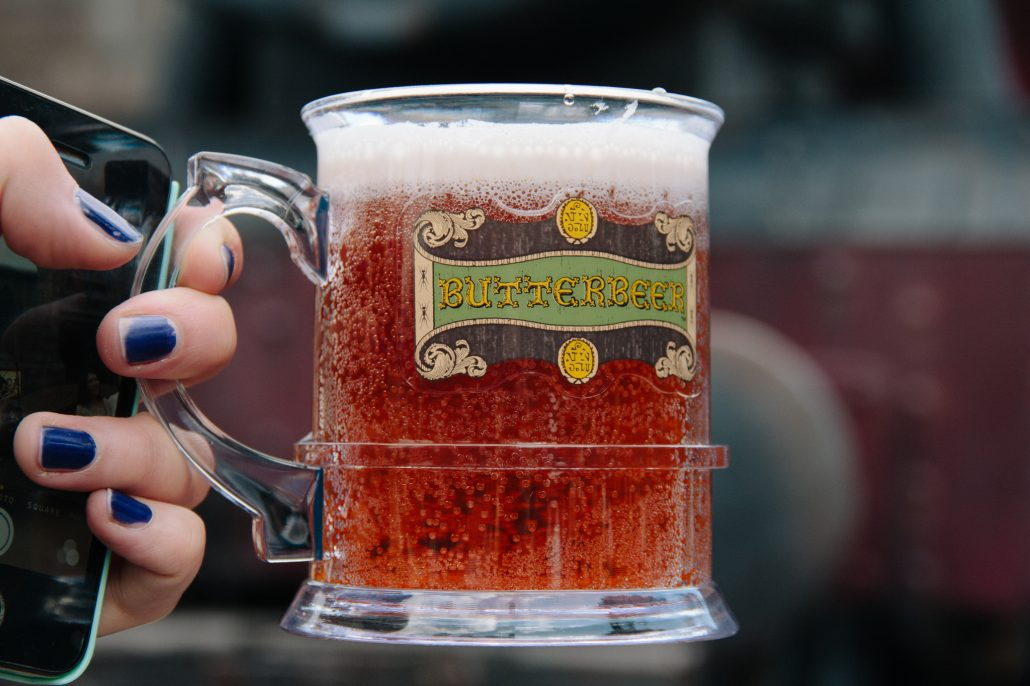 Japan: Universal Studios - Butter beer - Cocoskies | Illustration, design & travel blog